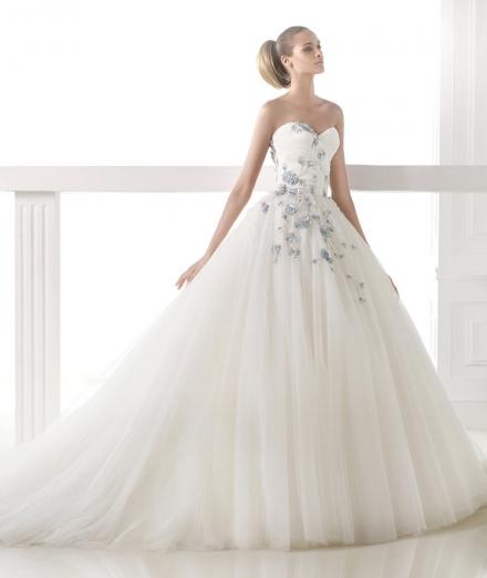 Tendances robes de mariée AH2015