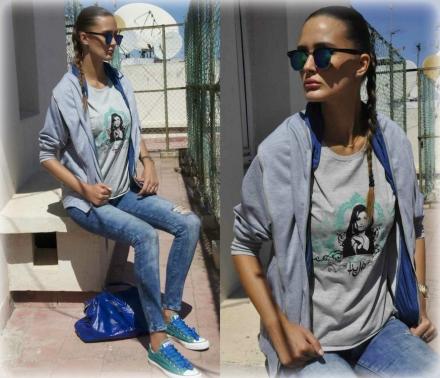 15092014 – Grey hoodie & printed t-shirt