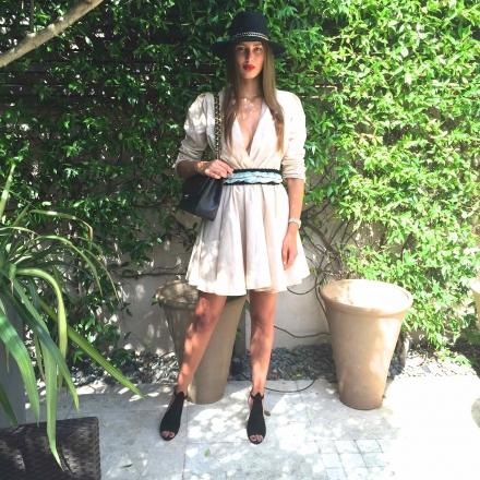 18082015 – V-neck summer dress