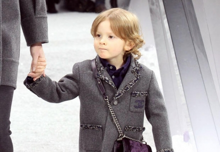 Bébé mannequin chez Chanel