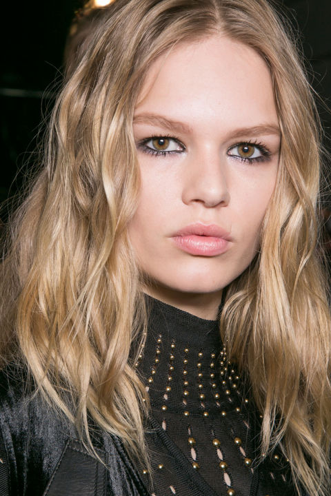 hbz-fw2015-trends-beauty-graphic-lines-cavalli-bks-a-rf15-5473